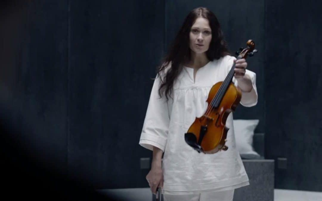 Sherlock Ostatnie wyzwanie Eurus Gitarą Rysowane